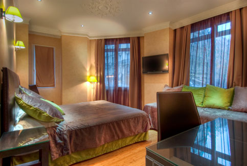 double room - hotel claude bernard paris